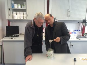 Wissenschaftliche Kompetenz bei der AdFiTech GmbH – Dr. Nikolai Katurkin Prof. A.D. (RU/St.Petersburg) zu Besuch im TechnologieCentrum